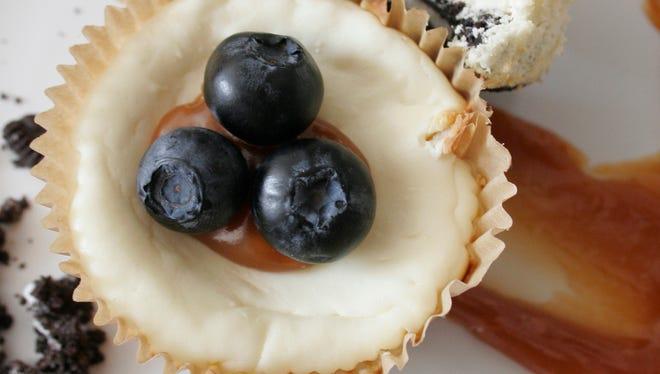 Lighter Mini Cheesecakes with Oreo Crust.