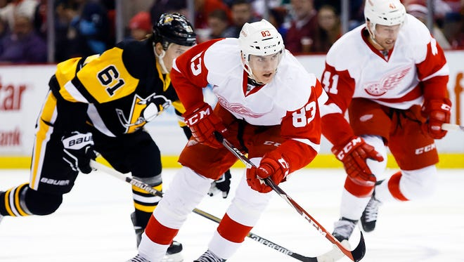 Tomas Nosek, B: 1 goal, 1 point, minus-1 in 11 games. Makes himself noticed by using his big body to drive to the net and going into corners. Not afraid to take a hit to make a play.