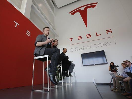 Elon Musk, J.B. Straubel, Yoshihiko Yamada