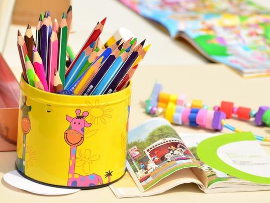 636500721808076928-colored-pencils-1506589-1920.jpg