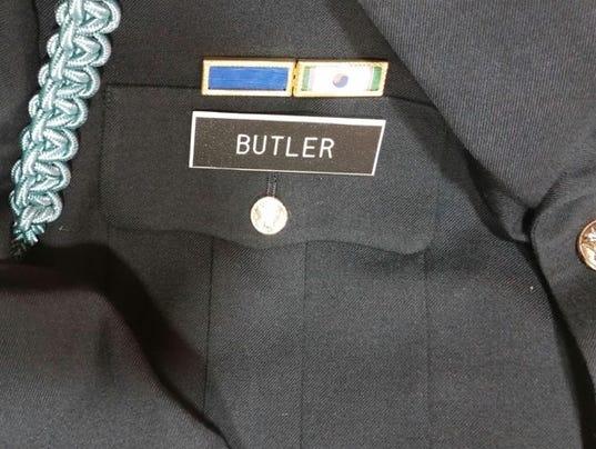 635839700197591006-butler-uniform.jpg
