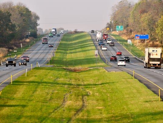 YDR-CD-110217-highway-median