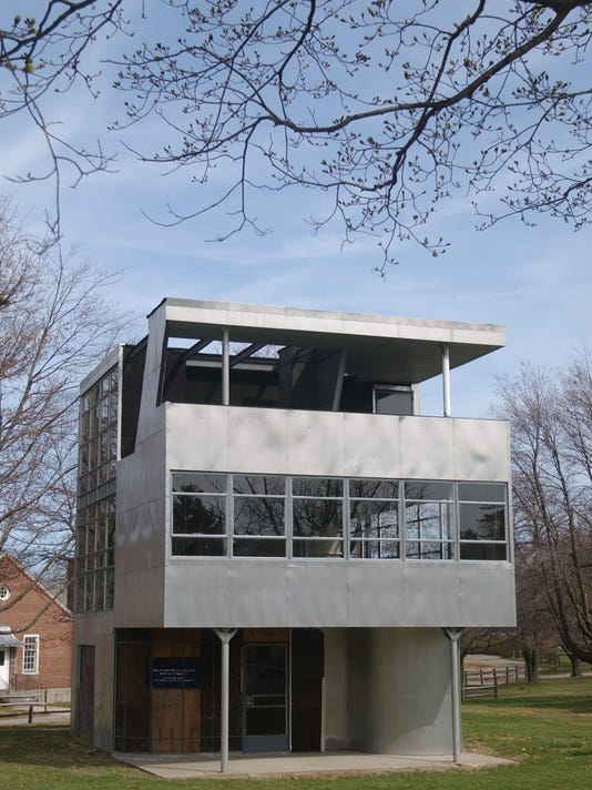Aluminaire House Photograph by Michael Schwarting.jpg