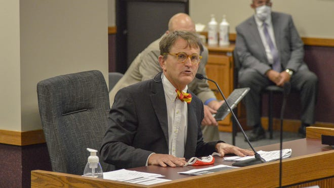 Randall Williams, director of the Department of Health and Senior Services, testifies Aug. 11 to the House Special Committee on Disease Control and Prevention.