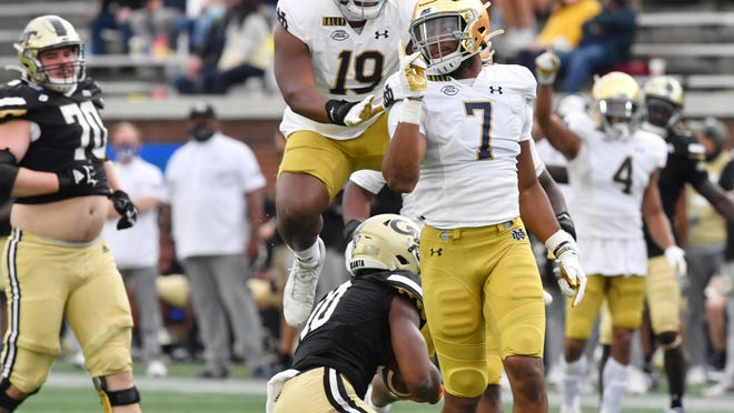 Notre Dame defensive lineman Isaiah Foskey (7) sends a message during a 31-13 win over Georgia Tech last weekend. The No. 4 Fighting Irish face No. 1 Clemson on Saturday evening in a potential preview of the ACC championship.
