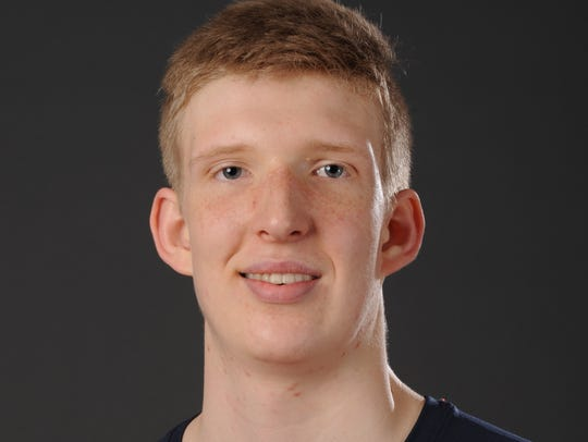 Connor Vanover, a 7-foot-4 center from Little Rock,