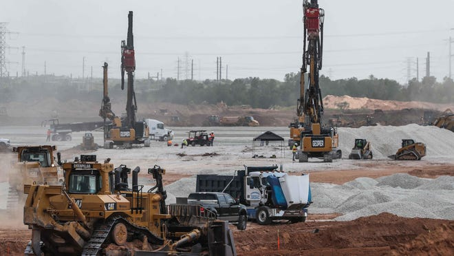 Work is proceeding at the eastern Travis County site where automaker Tesla plans to build a $1 billion assembly plant. The factory will be on 2,100 acres off Texas 130 and Harold Green Road, and the company says it will eventually employ about 5,000 workers. Tesla executives have said the plant could open as early as next year.