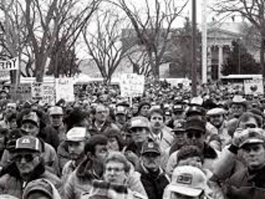 6,000 farmers rally in Pierre, South Dakota, Feb. 12,