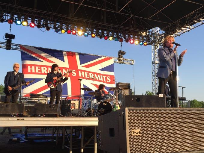 Herman's Hermits featuring Peter Noone perform June