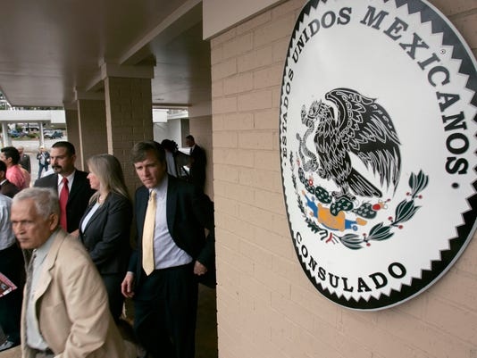 Immigrants can now get Mexican birth certificates in U.S.