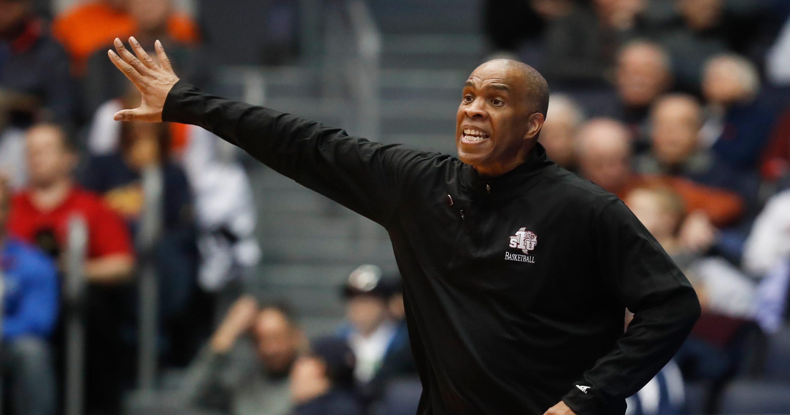 Dan Dakich expects turnaround from Detroit Mercy, Mike Davis