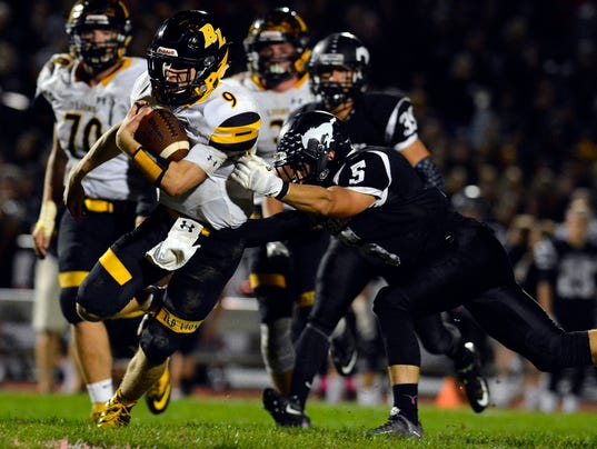 Red Lion vs South Western football