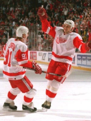 New Hockey Hall of Famers Nicklas Lidstrom and Sergei Fedorov shared some glory days with the Detroit Red Wings.