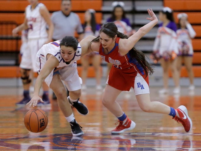 Eastlake's Caitie Aguirre gets tangled up with Bel