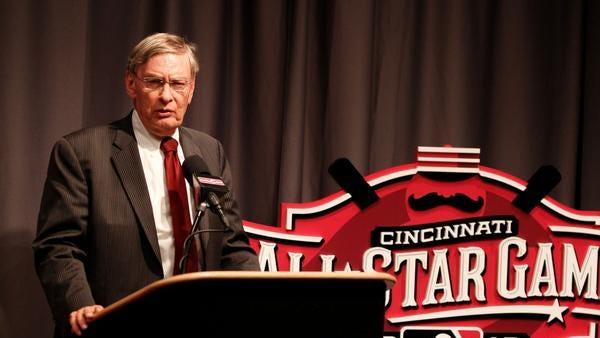 Outgoing MLB Commissioner Bud Selig speaks in Cincinnati.
