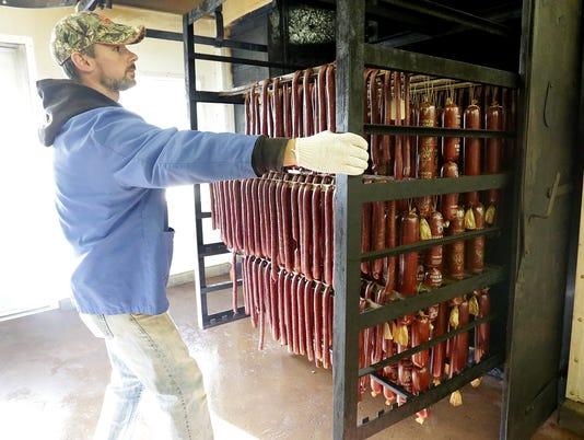 636253469972985285-FON-111616-eden-meat-market-6.jpg