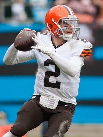 Cleveland Browns quarterback Johnny Manziel was knocked