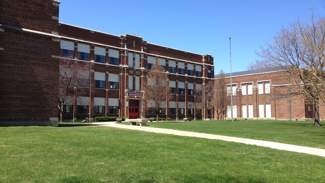 Former St. Clair Middle School, 301 N. Sixth St.