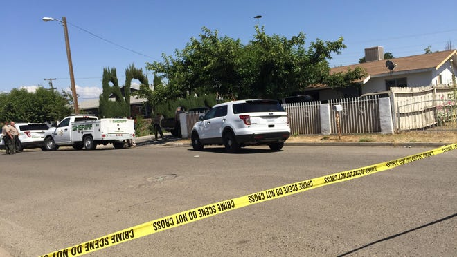 Tulare County sheriff's deputies are investigating an Orosi shooting that sent three men to the hospital.