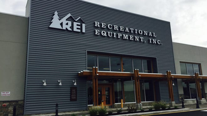Recreational Equipment Inc., or REI, will open its first store in Memphis later this summer. The outdoors company will occupy the former Sports Authority space west of Target near the Interstate 240 and Poplar interchange in East Memphis