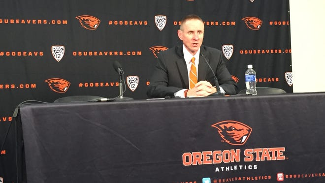 Oregon State head football coach Gary Andersen addresses the media on National Signing Day.
