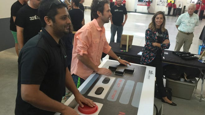 To show support for the One Nation Event, Jaycon Systems, MEC and 321 Millennials built and donated a one-of-a-kind 6-foot wide Nintendo controller as seen below.