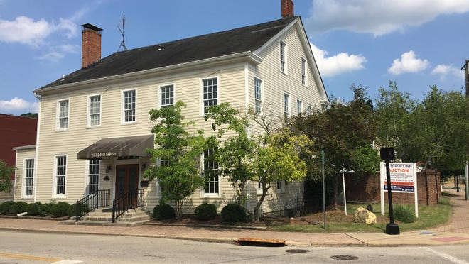 A developer has withdrawn plans to demolish the historic Millcroft Inn in Milford to build townhouses and flats.