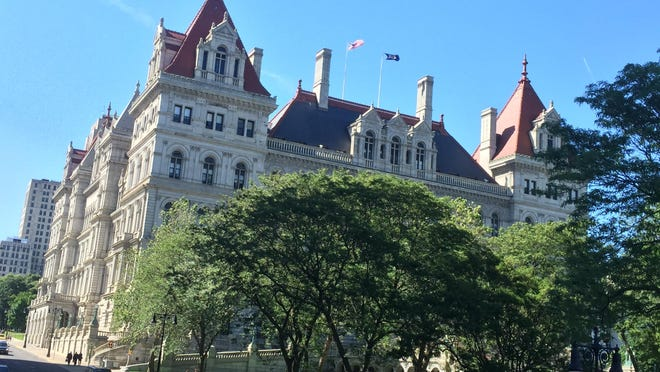 In November 2017, New Yorkers will vote whether to approve holding a State Constitution Convention.
