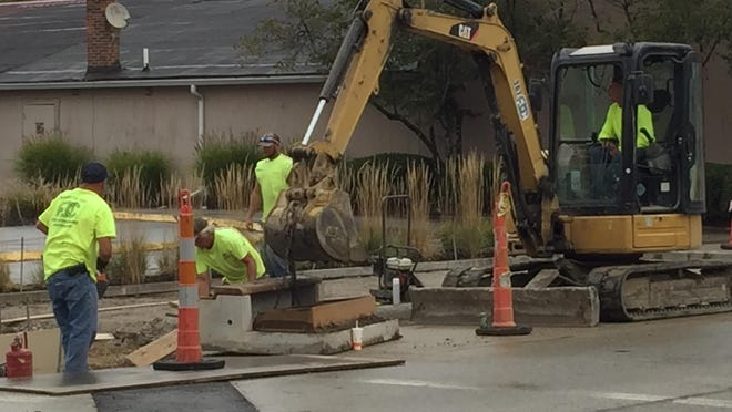 A sewer installation project will reduce Virginia Avenue to one lane from mid-June through August