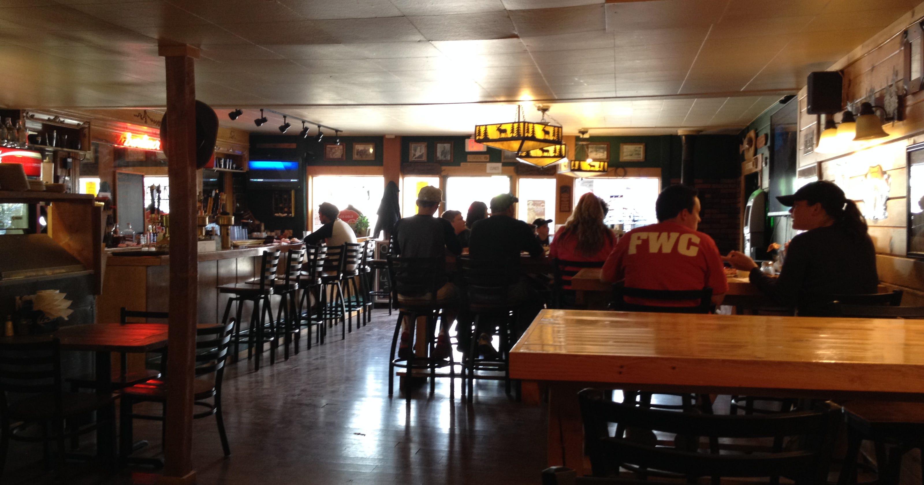 Veldig K-Bar Pizza: Gardiner landmark sits at gateway to Yellowstone VK-52