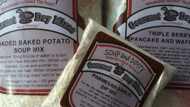 Soup and Dipity offers dry mixes for soups, chilis, dips, pancakes, waffles and macaroni.