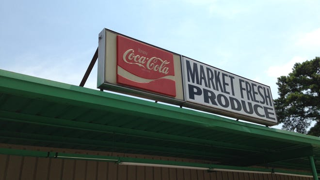 Market Fresh Produce, 330 Hollywood Drive, closes after business today.