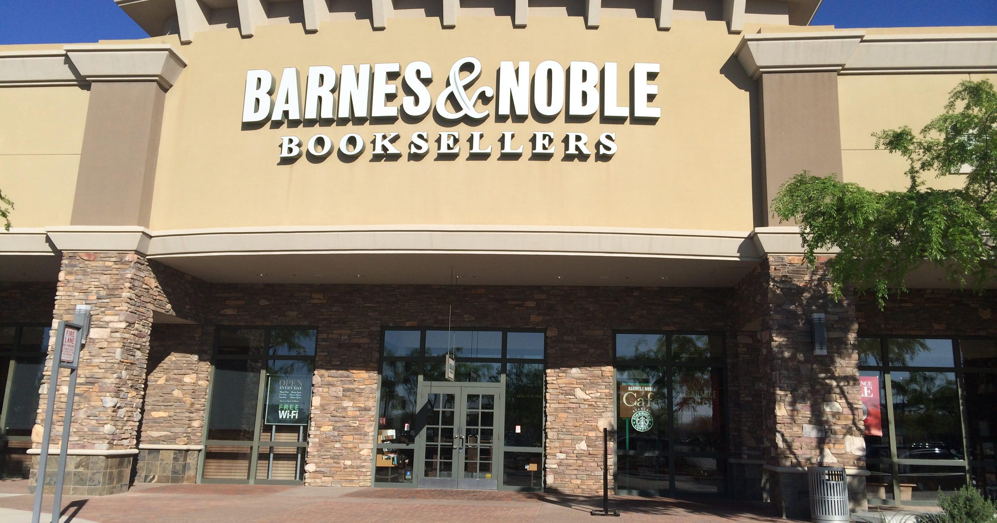 Barnes Noble Closing Gilbert Store