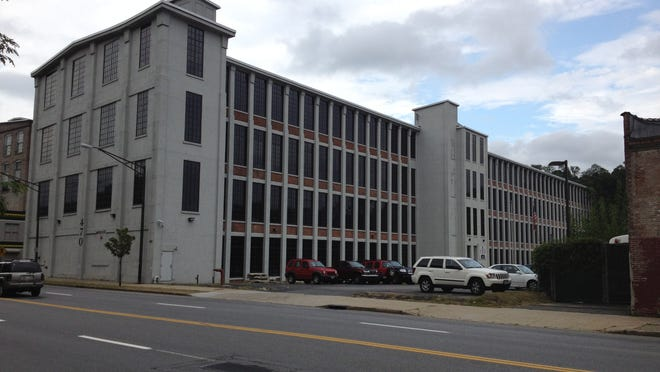 The former factory at 470 Nepperhan Ave. in Yonkers that cost at least $15 million to renovate into a failed high-tech incubator is expected to be sold by the city for $7.5 million.