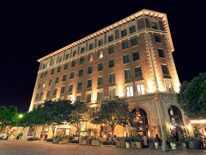 With live jazz music nightly, the Culver Hotel houses