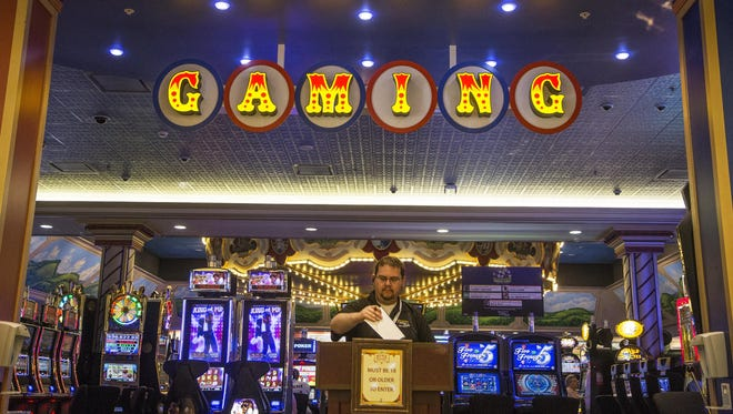 The current gaming room at Tioga Downs features 800 gaming machines; a succesful casino bid would allow the venue to add table games.