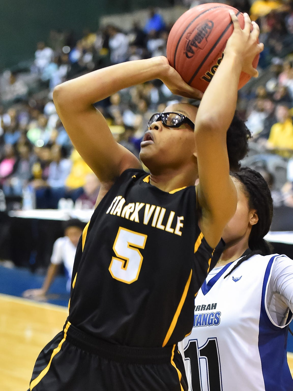 Starkville's Jalisa Outlaw shoots against Murrah during the MHSAA Girls' 6A Championship Game held at The Coliseum in Jackson MS.(Photo/Bob Smith)