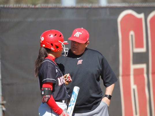 636301891324646125-APSU-Campbell-softball-89.JPG