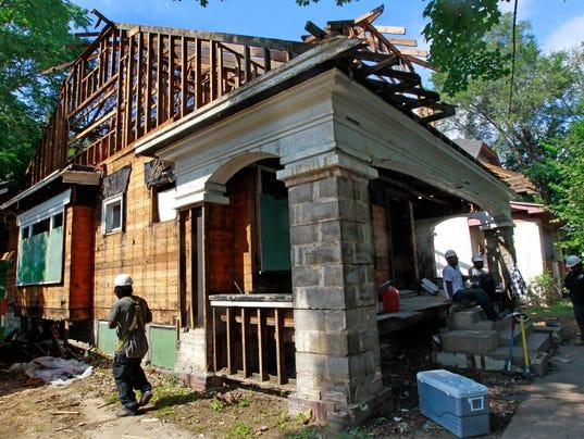 City Seeks Developers To Rehab Sherman Park Homes