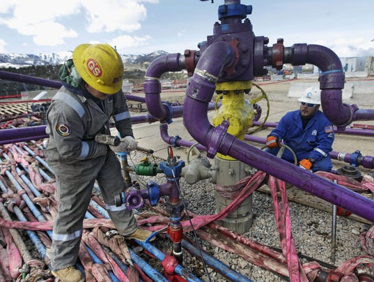636318309861391833-RENBrd-05-08-2016-RGJ-1-A008--2016-05-07-IMG-Fracking-Colorado-2-5-1-MOE8S9VI-L805136477-IMG-Fracking-Colorado-2-5-1-MOE8S9VI.jpg