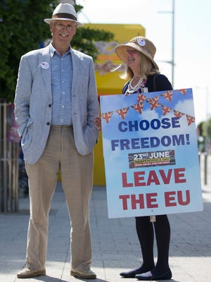 "A ""Leave"" campaigner is seen in Clacton-on-Sea as UK Independence Party (UKIP) leader Nigel Farage visits on June 21, 2016."