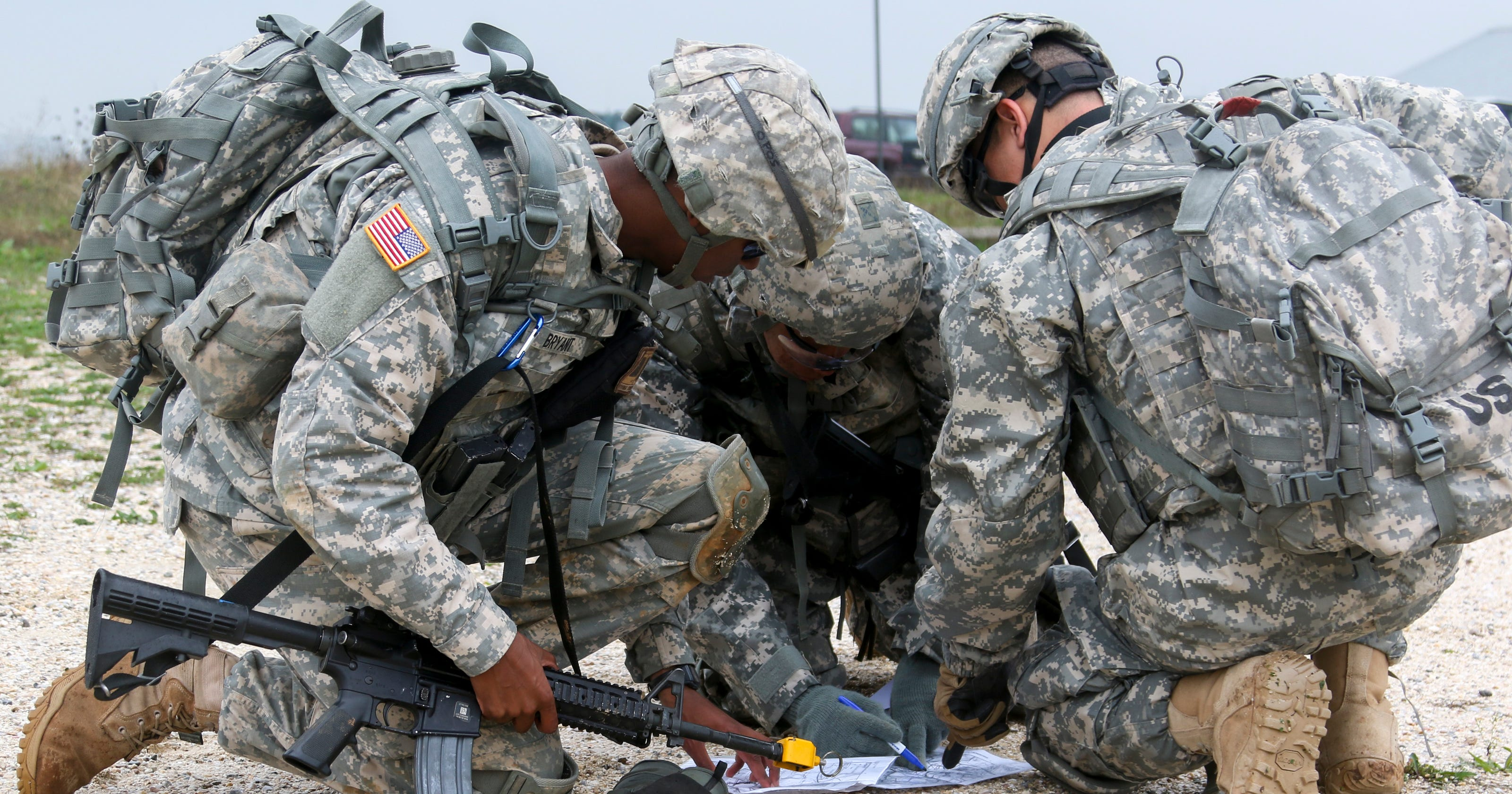 leadership essays army My leadership without question to instill in my soldiers what it means to be an nco the following are excerpts from other class 01-09 essays.