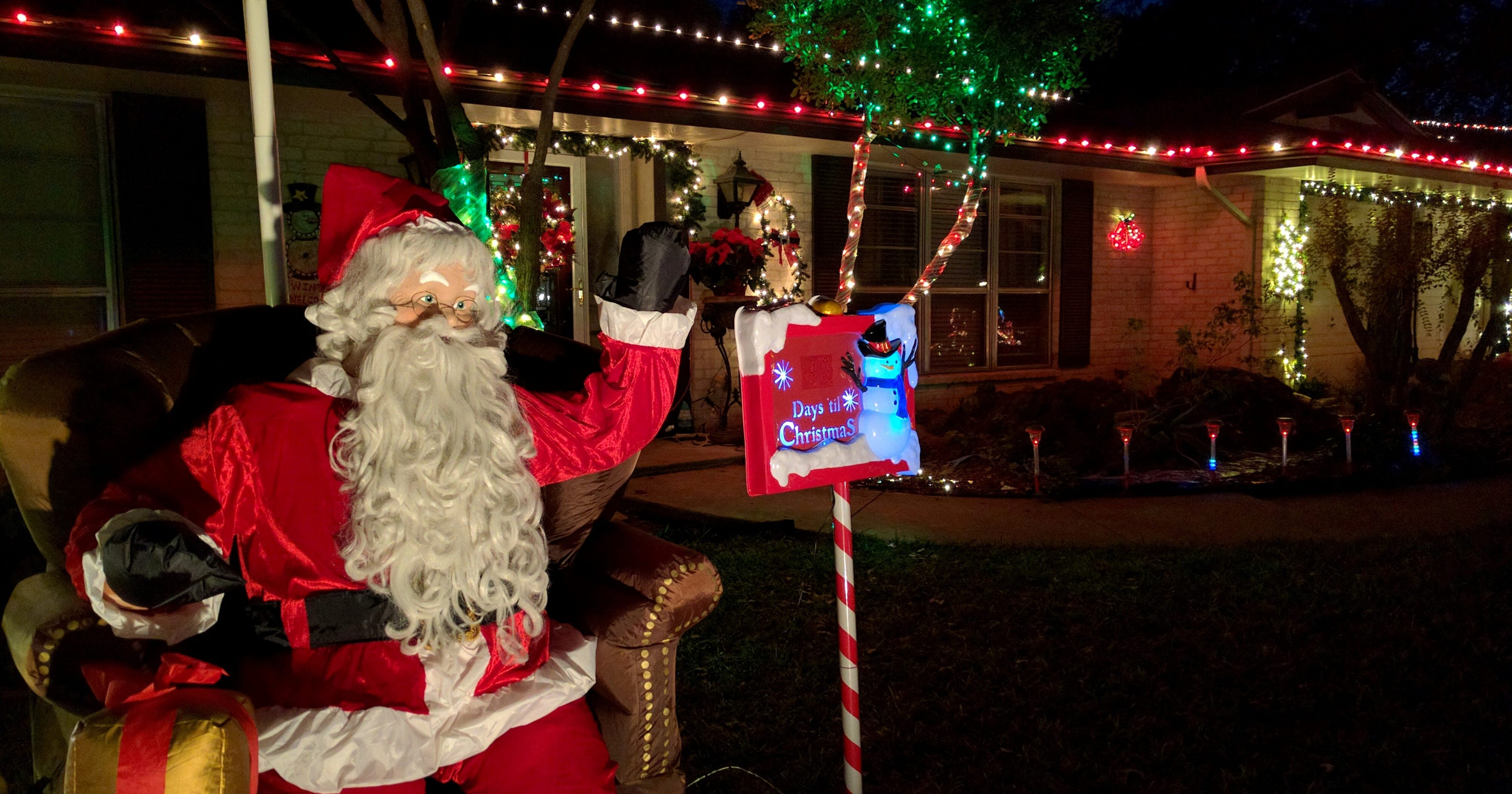 windcrest competes for most outrageous holiday display - Windcrest Christmas Lights