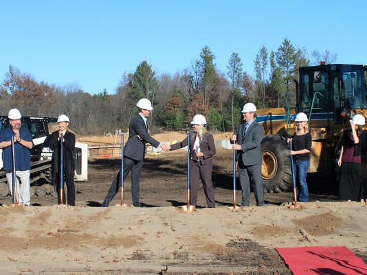 Hilltop-Grand-Village-groundbreaking