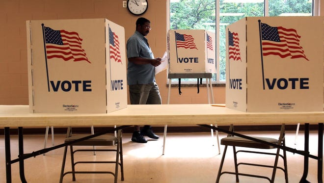 Detroit's city clerk is estimating a higher voter turnout.
