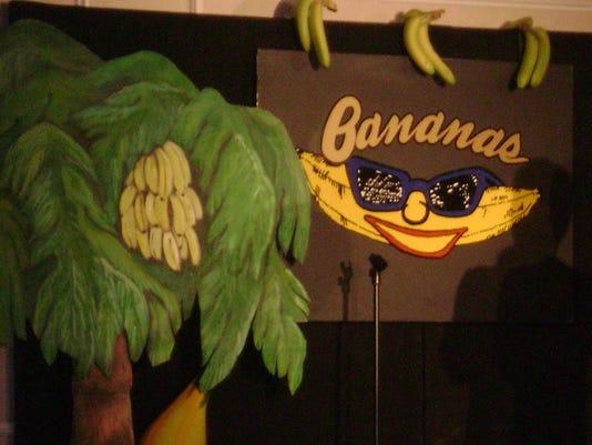 636313941357564576-SUB-Bananas-CarlosMencia-15662753.JPG