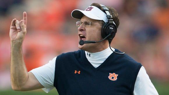 Auburn coach Gus Malzahn's team remained No. 5 in the Amway Coaches poll this week.