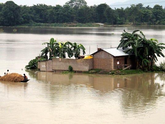 AP_India_Nepal_Flooding