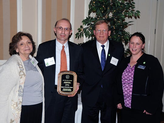 The York County Bar Association/Foundation honored Robert L. Buzzendore with the individual YCBF Pro Bono Award at  an annual recognition dinner.