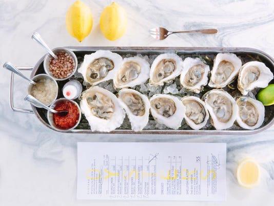 Izzy's Fish & Oyster Miami